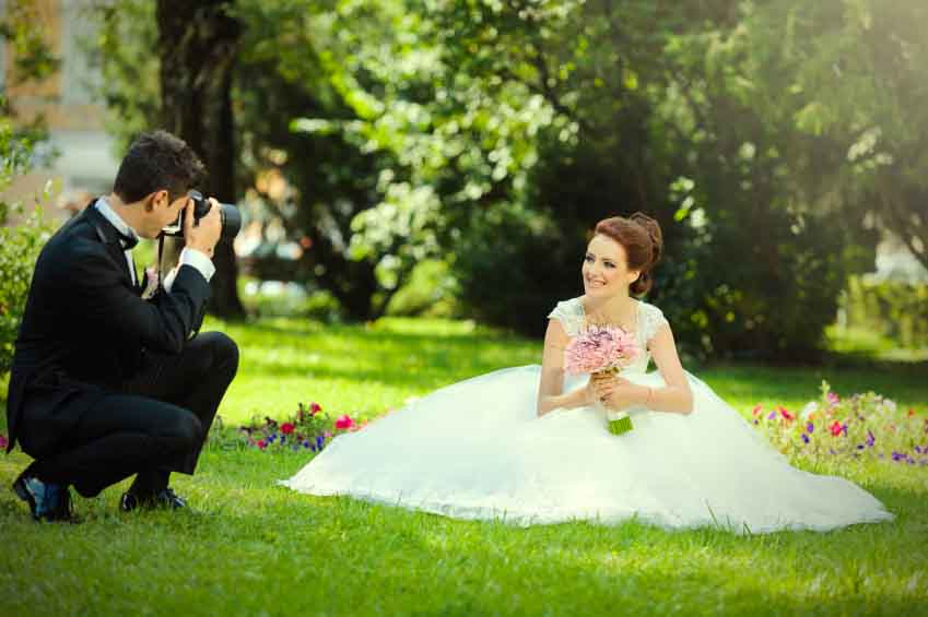 An experienced wedding photographer will know how to get the best shots out of the bride, groom and wedding party
