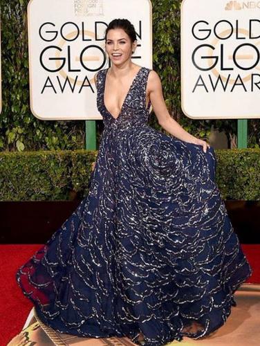 Jenna Dewan Tatum in a navy Zuhair Murad gown embellished with silver detail. Image: Jenna Dewan Tatum via Instagram