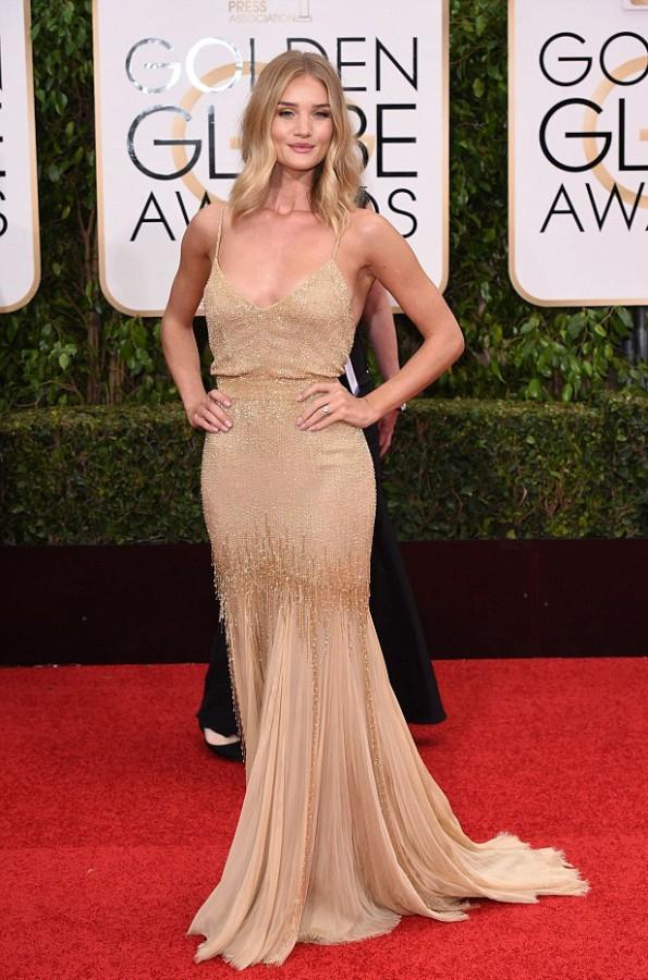 Rosie has confirmed her enagagement by showing off her dazzling diamond rock at the 2016 Golden Globes Image David Fisher slash REX slahs Shutterstock