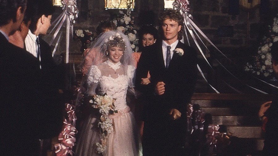 Charlene Mitchell and Scott Robinson exchanged vows in episode 523 of Neighbours. Image Neighbours