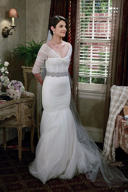 Robyn from How I Met Your Mother wedding dress