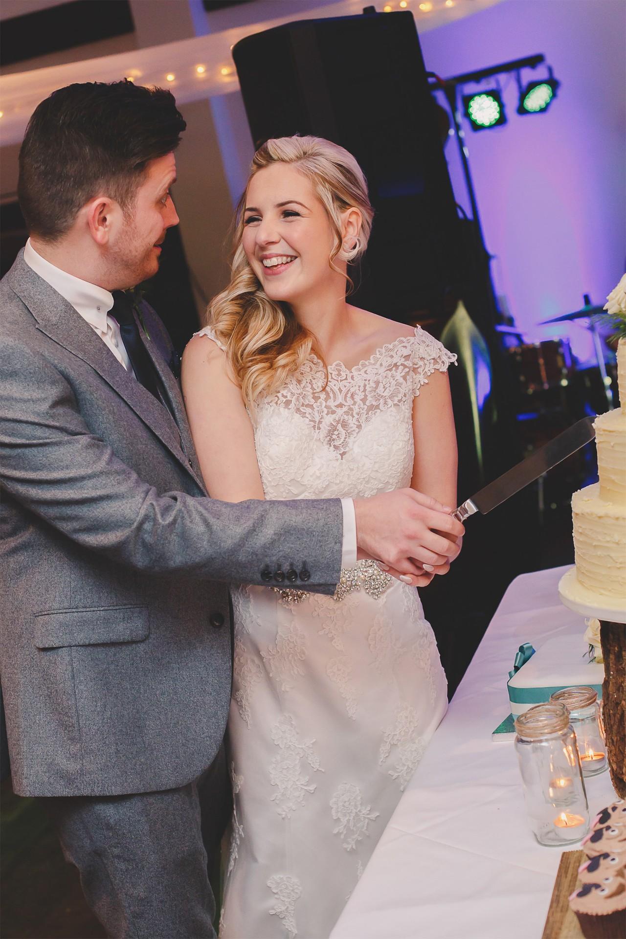 Libby_Rob_Winter-Wedding_SBS_024