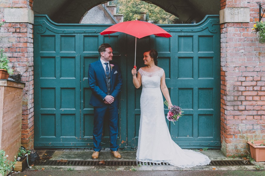 Cally_Chris_Vintage-Wedding_019