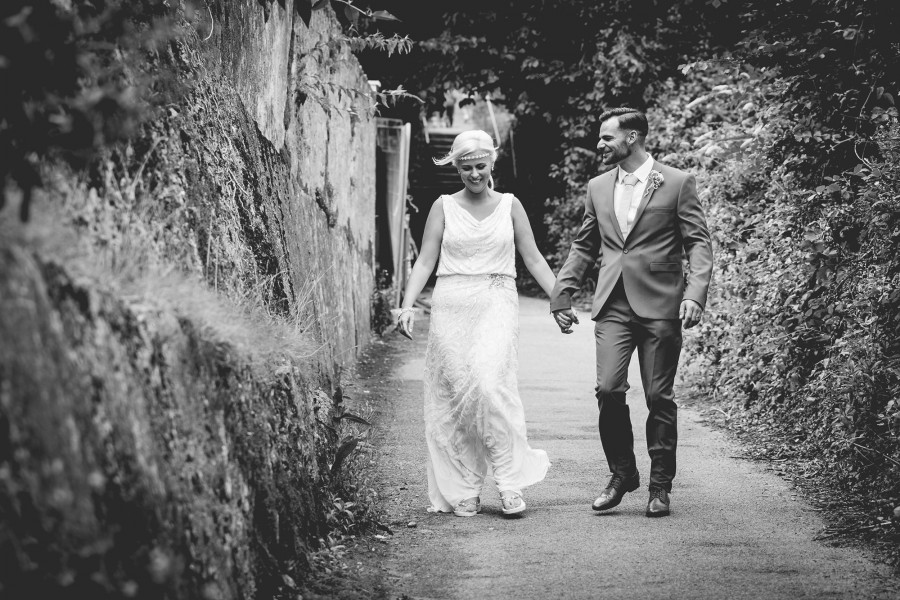 Fiona_Ian_Beach-Wedding_016