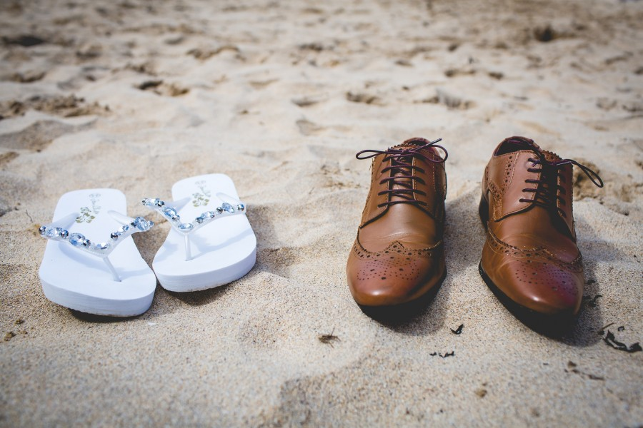Fiona_Ian_Beach-Wedding_018