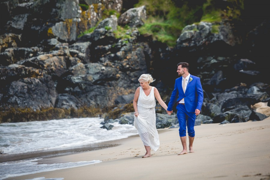Fiona_Ian_Beach-Wedding_021