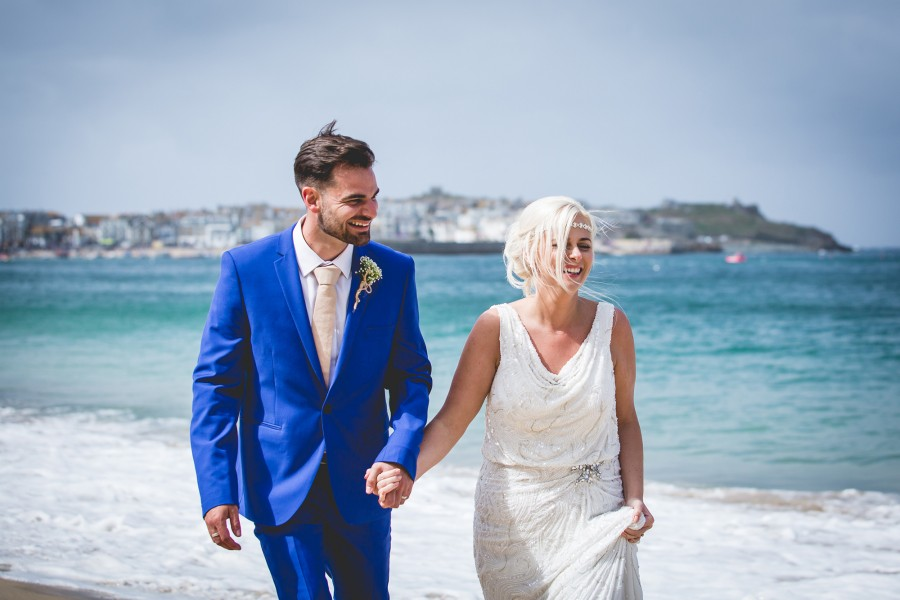 Fiona_Ian_Beach-Wedding_022