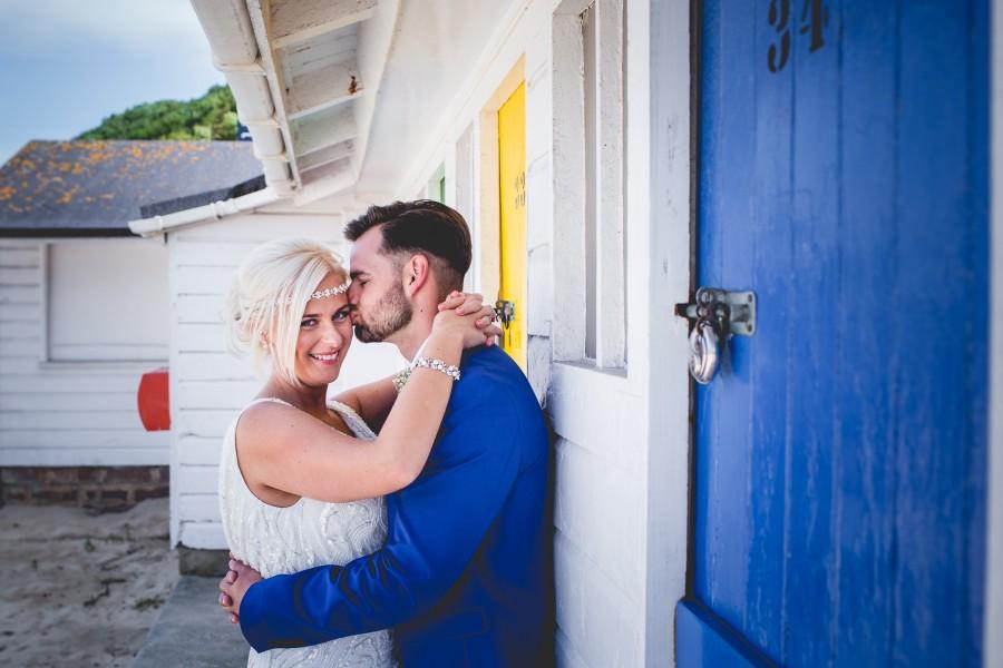 Fiona_Ian_Beach-Wedding_025