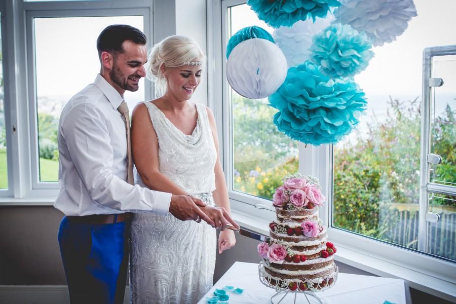 Fiona_Ian_Beach-Wedding_036