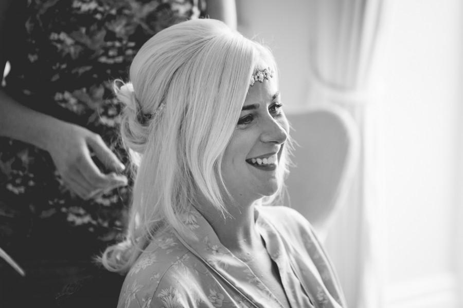 Fiona_Ian_Beach-Wedding_003