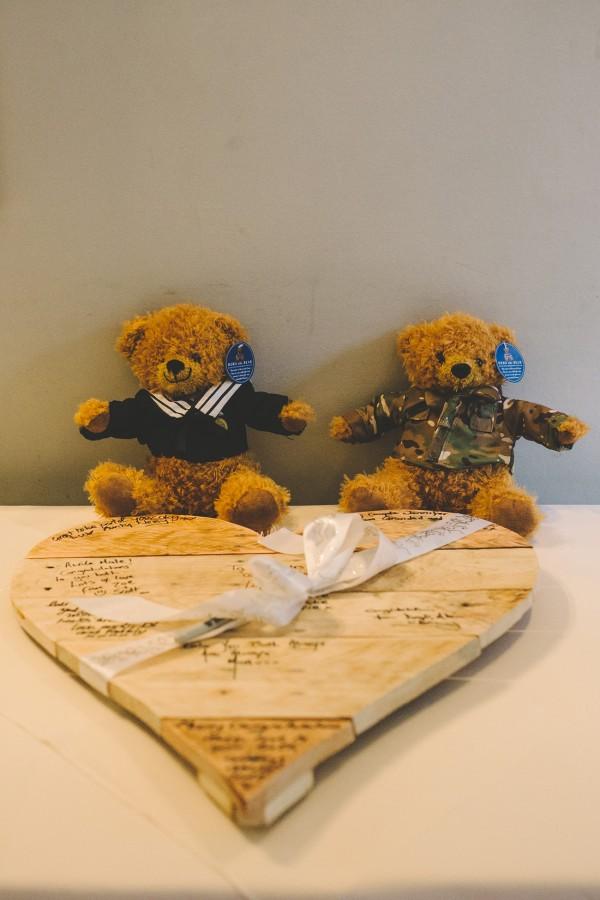 Jenny_Frank_Valentine's-Day-Wedding_SBS_007