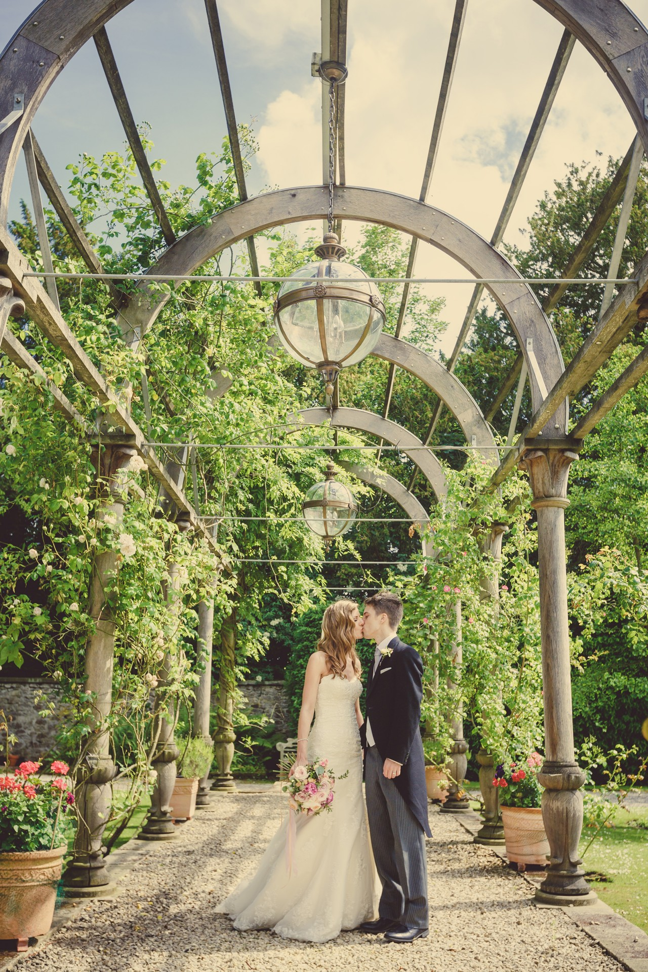 Clare_David_Romantic-Wedding_030
