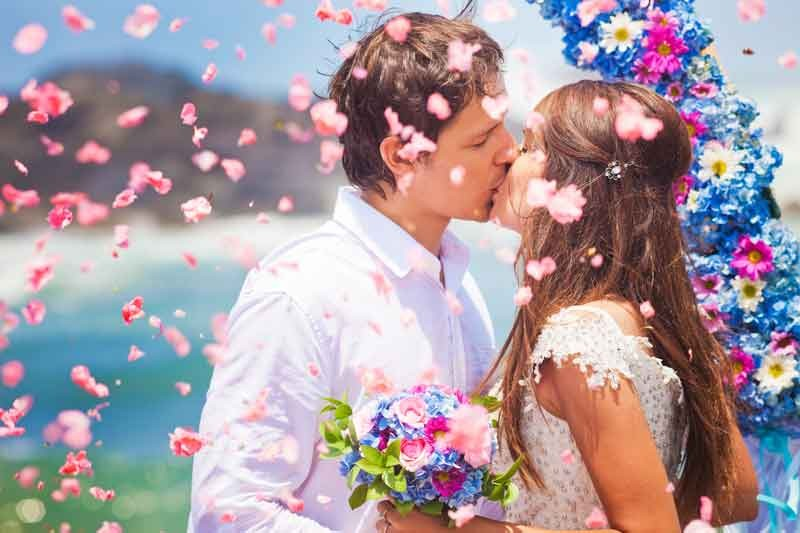 A Guide To Renewing Your Wedding Vows Easy Weddings Uk